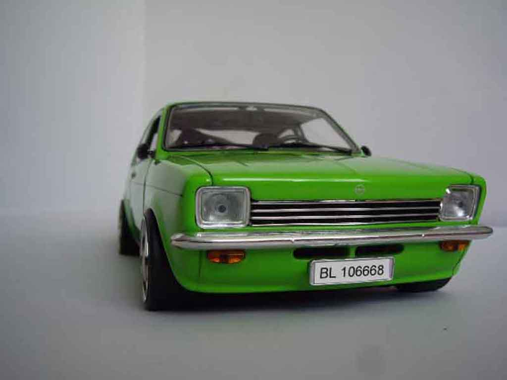 Opel Kadett coupe 1/18 Minichamps coupe sr 1976 grun tuning miniature