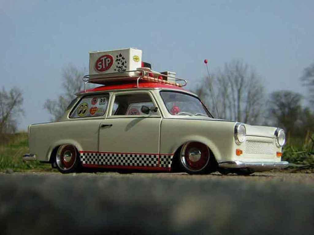 Trabant 601 de luxe 1/18 Sun Star oldskool trabimaker ost berlin 1969 tuning miniature