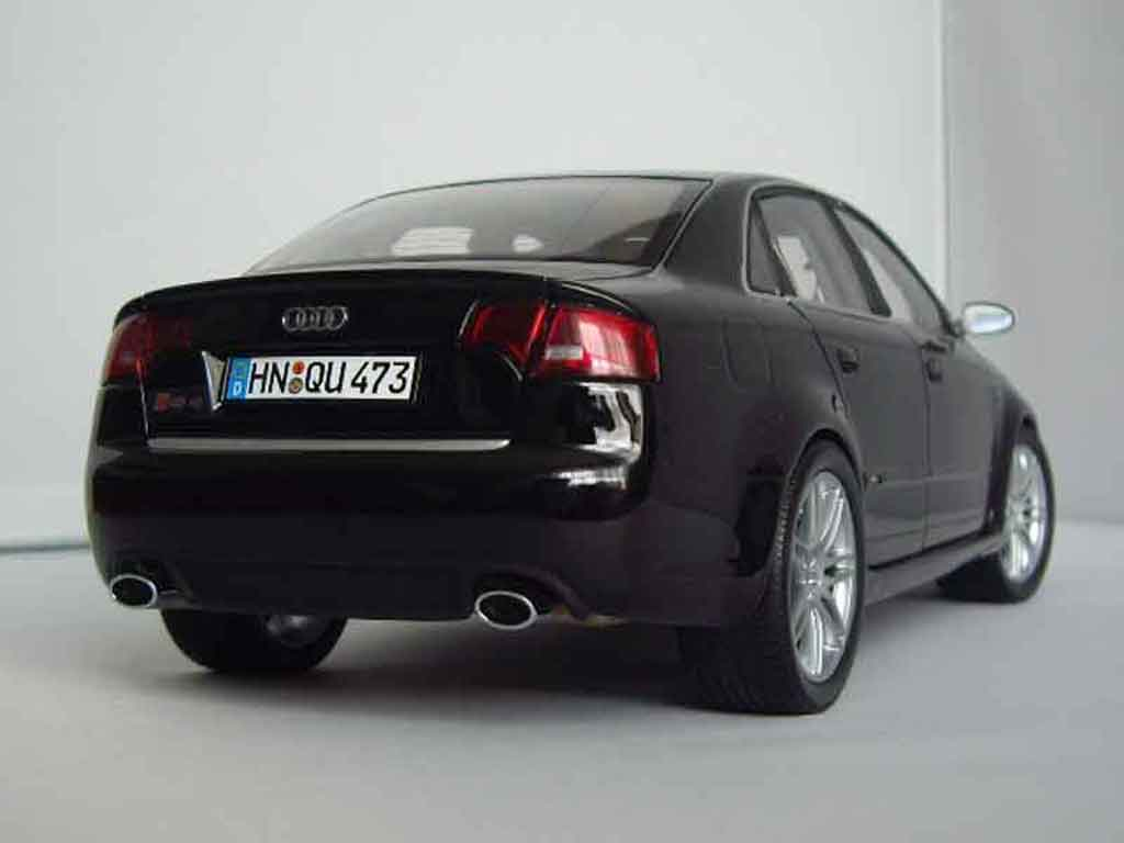 audi rs4 miniature noire minichamps 1 18 voiture. Black Bedroom Furniture Sets. Home Design Ideas