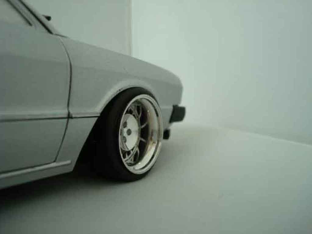 Volkswagen Scirocco GTI 1/18 Revell grise