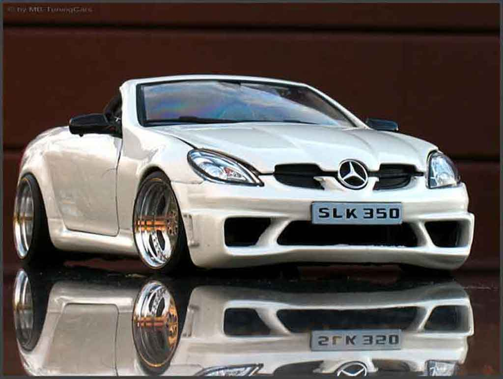 Mercedes Classe SLK 1/18 Maisto 350 tuning modellautos
