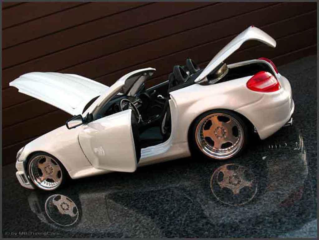 Mercedes Classe SLK 1/18 Maisto 350