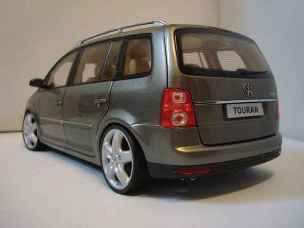 volkswagen touran miniature 2008 jantes 19 pouces shanghai volkswagen 1 18 voiture. Black Bedroom Furniture Sets. Home Design Ideas