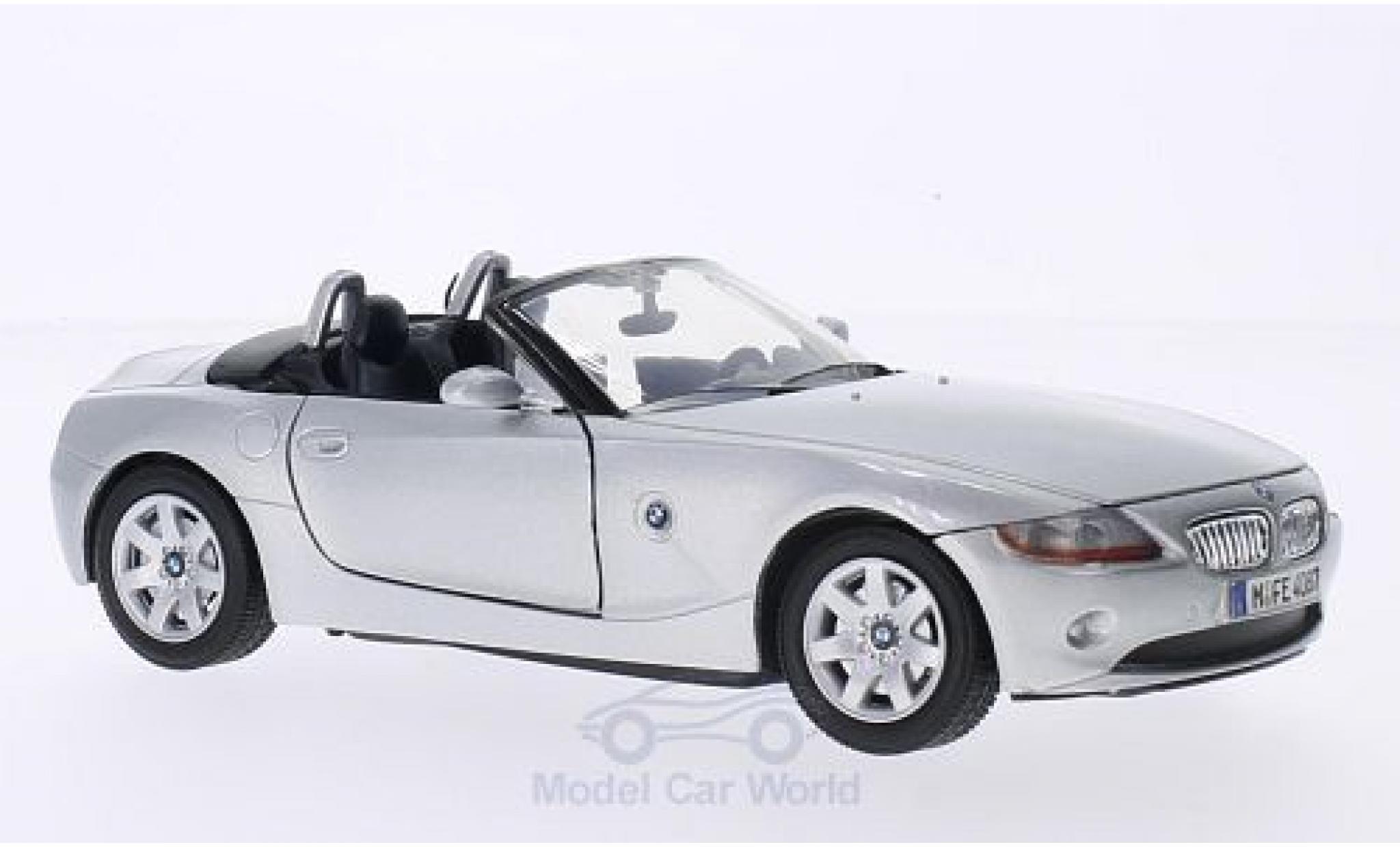 Bmw Z4 E85 1/24 Motormax  grise 2003