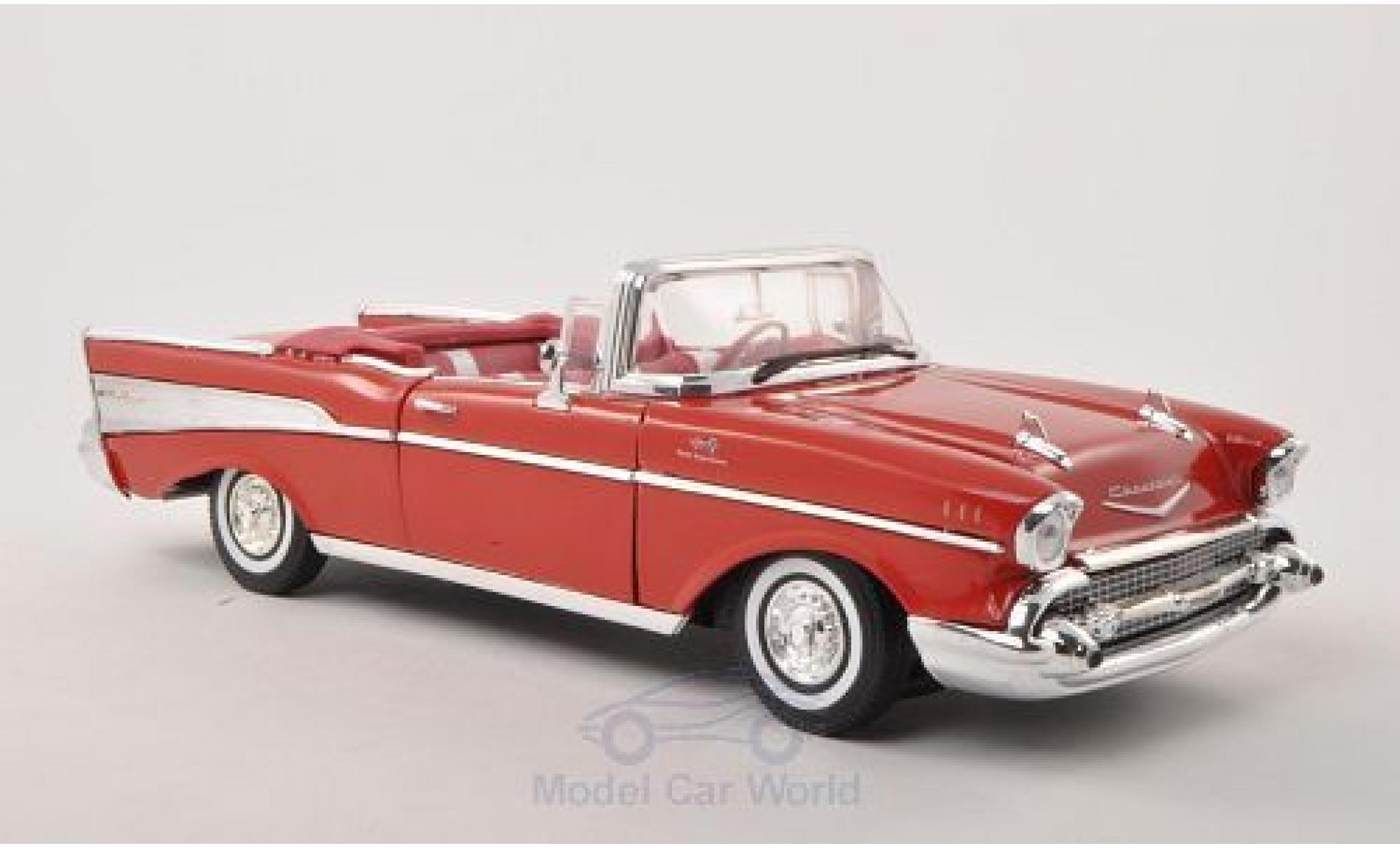 Chevrolet Bel Air 1957 1/18 Motormax Convertible rouge