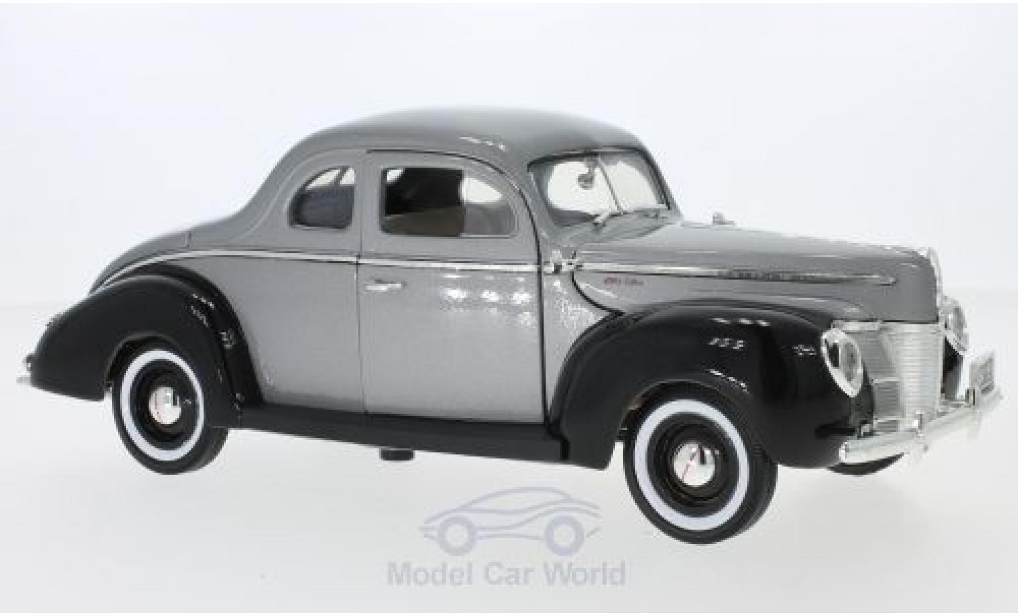 Ford Deluxe 1/18 Motormax metallise grise/noire 1940