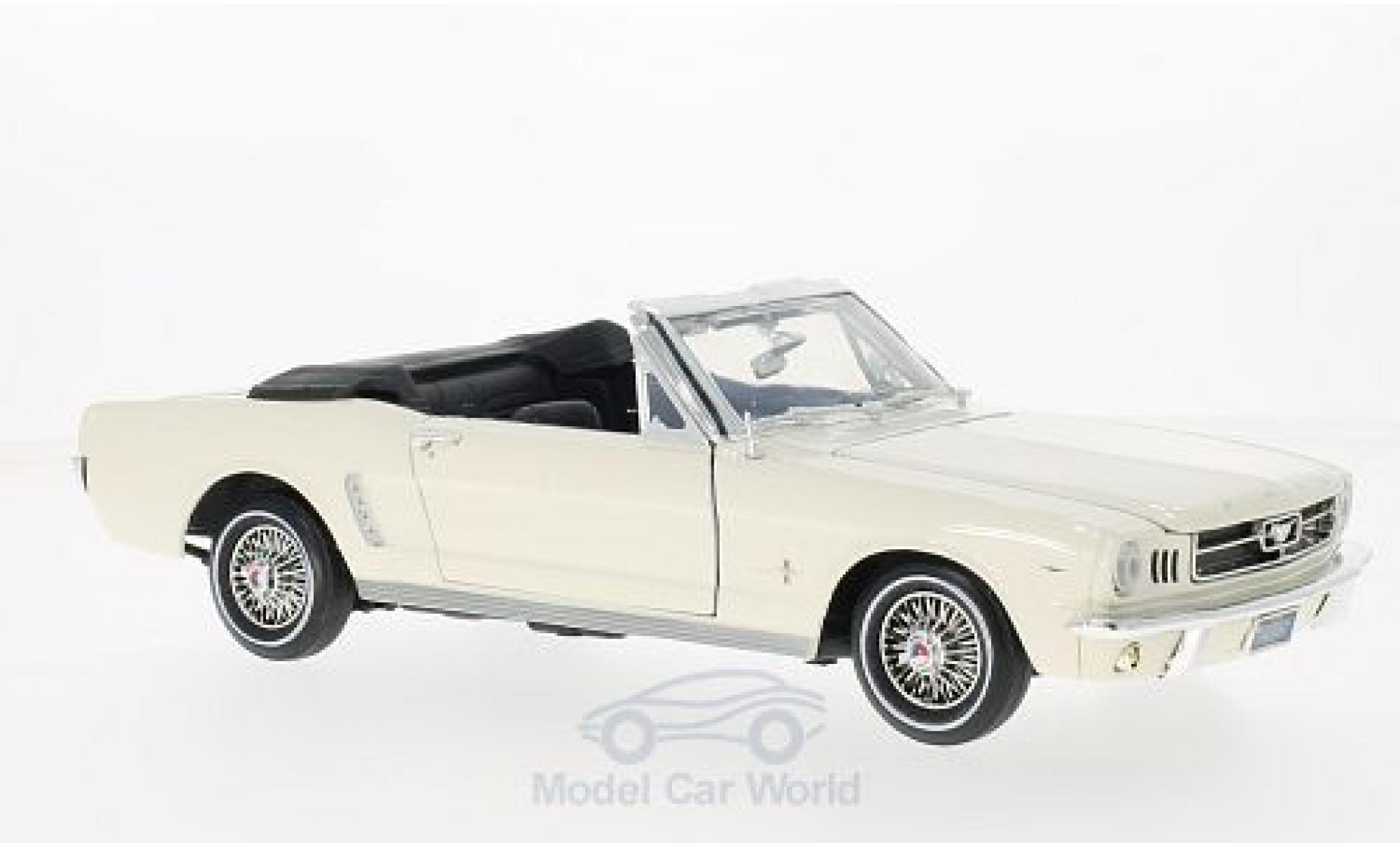 Ford Mustang 1/18 Motormax Convertible blanche 1964