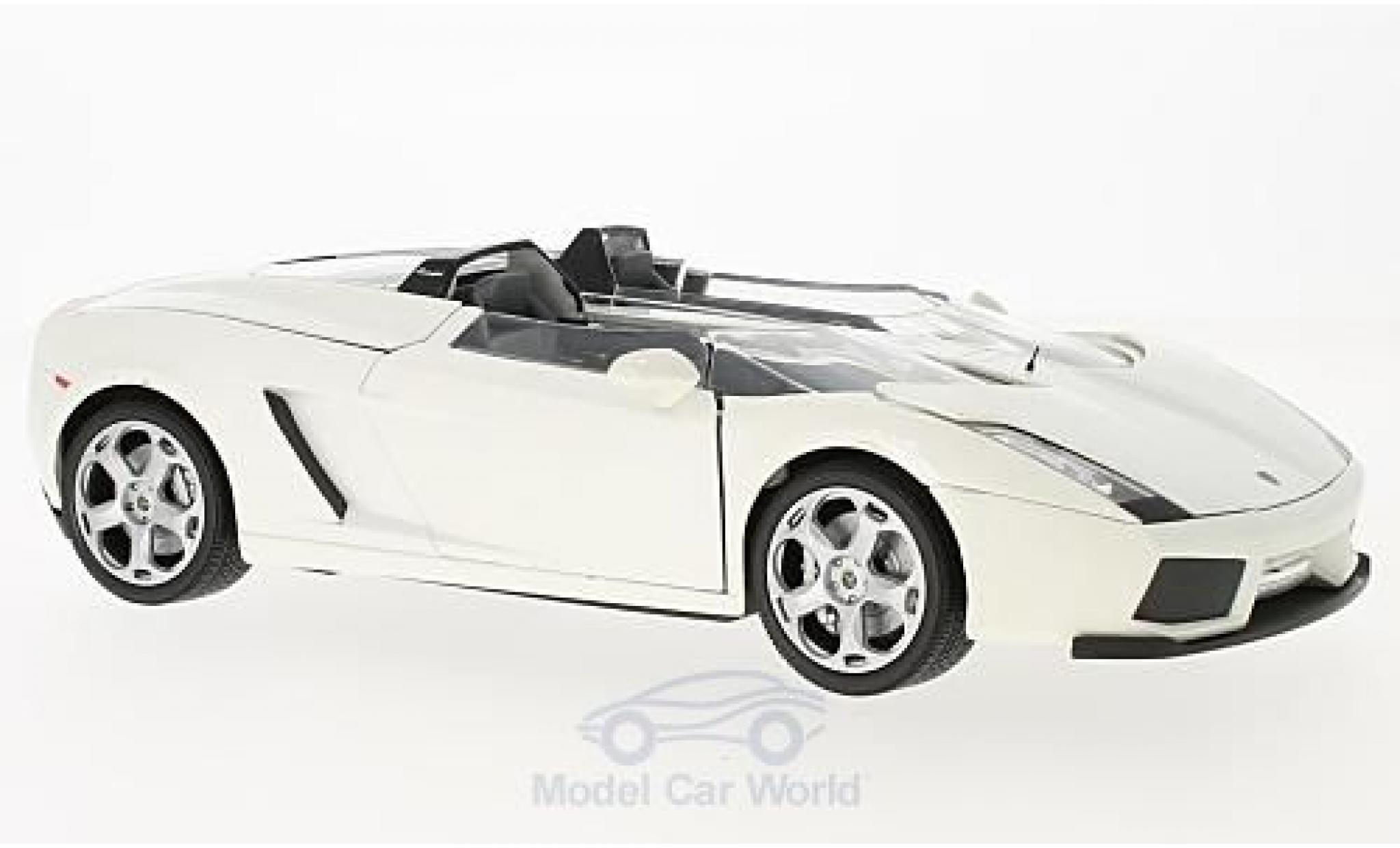 Lamborghini Concept 1/24 Motormax S metallise blanche