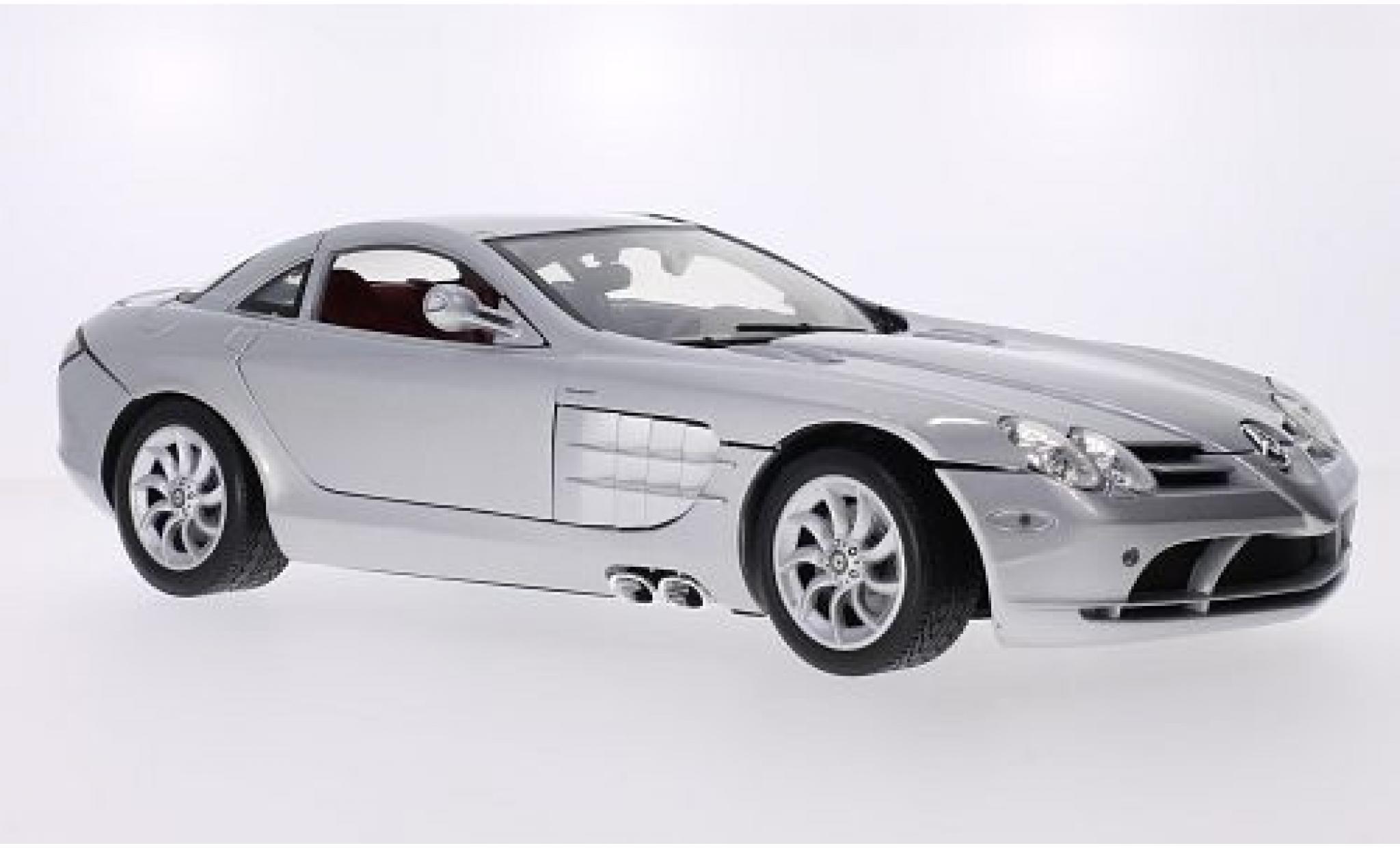Mercedes CLA 1/12 Motormax McLaren SLR grise