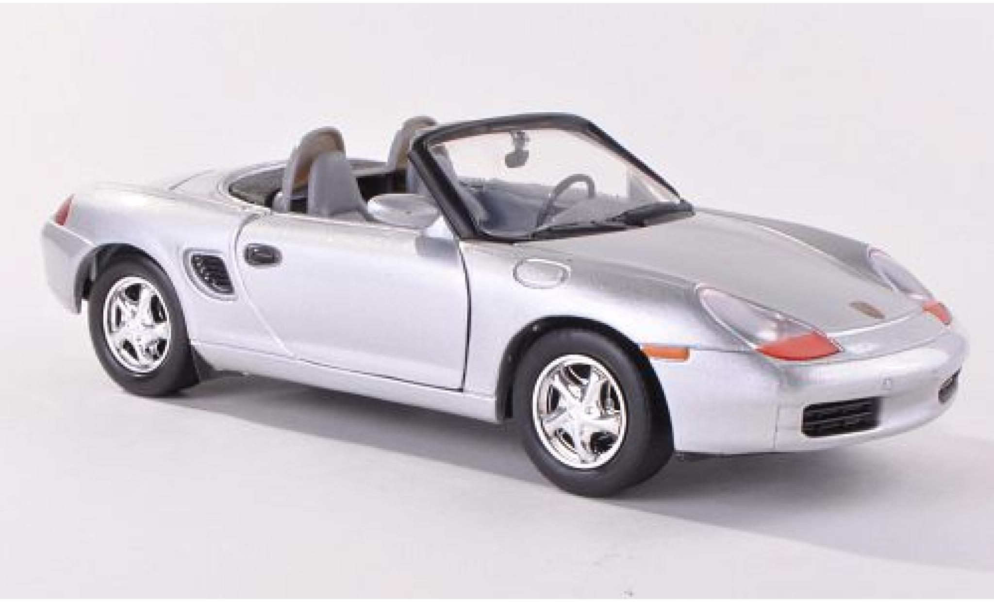Porsche Boxster 1/24 Motormax (986) grise