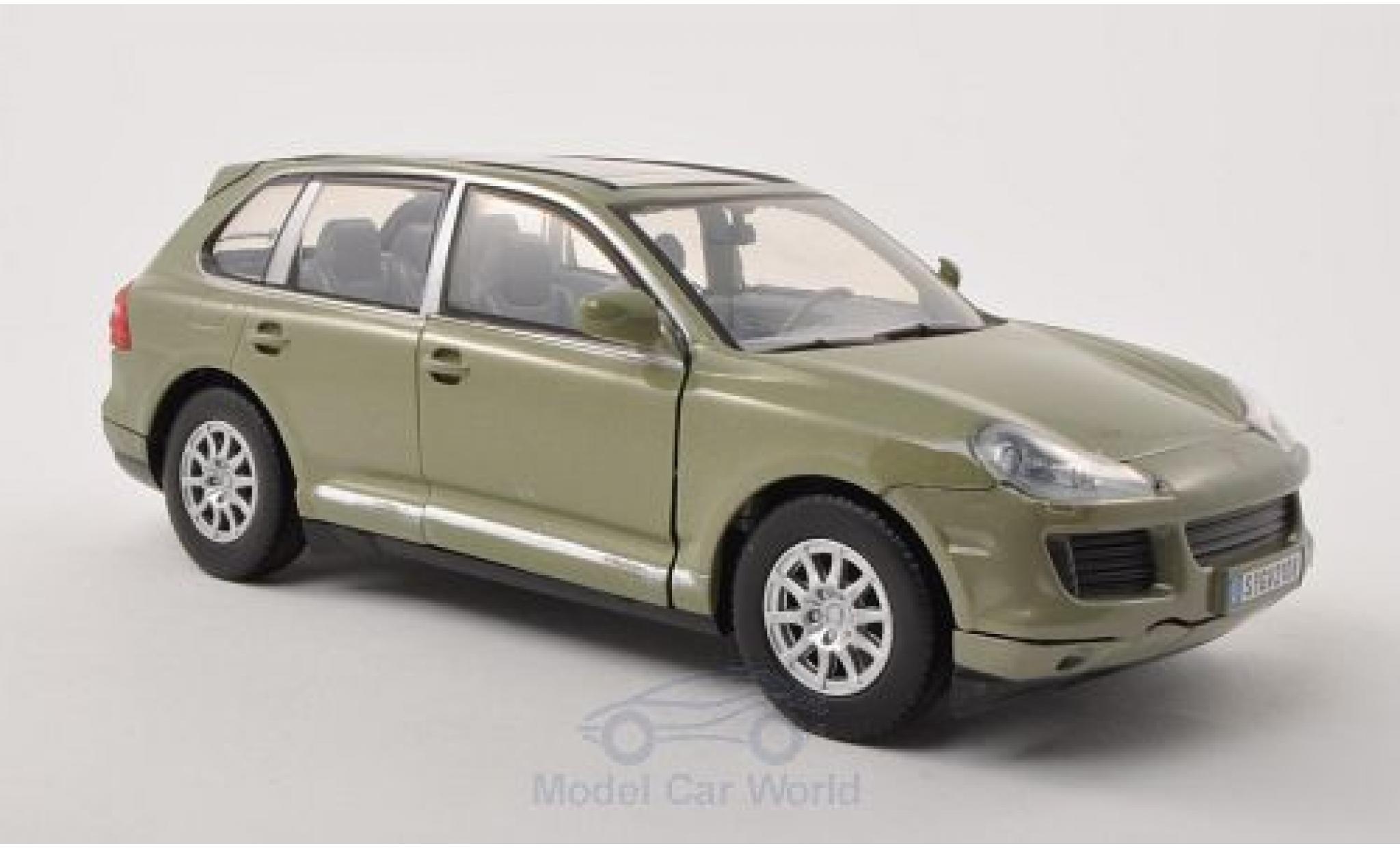 Porsche Cayenne S 1/24 Motormax (9PA) metallise oliv 2008