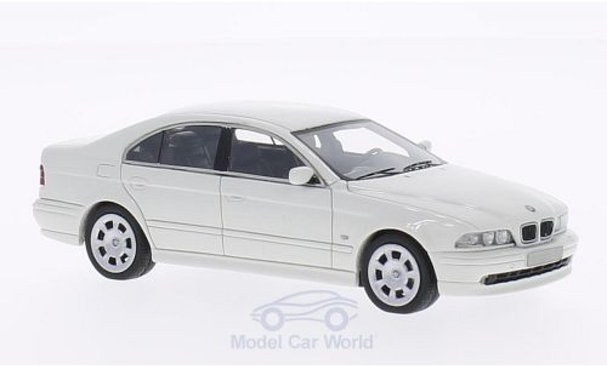 Bmw 520 1/43 Neo i (E39) blanche 2002