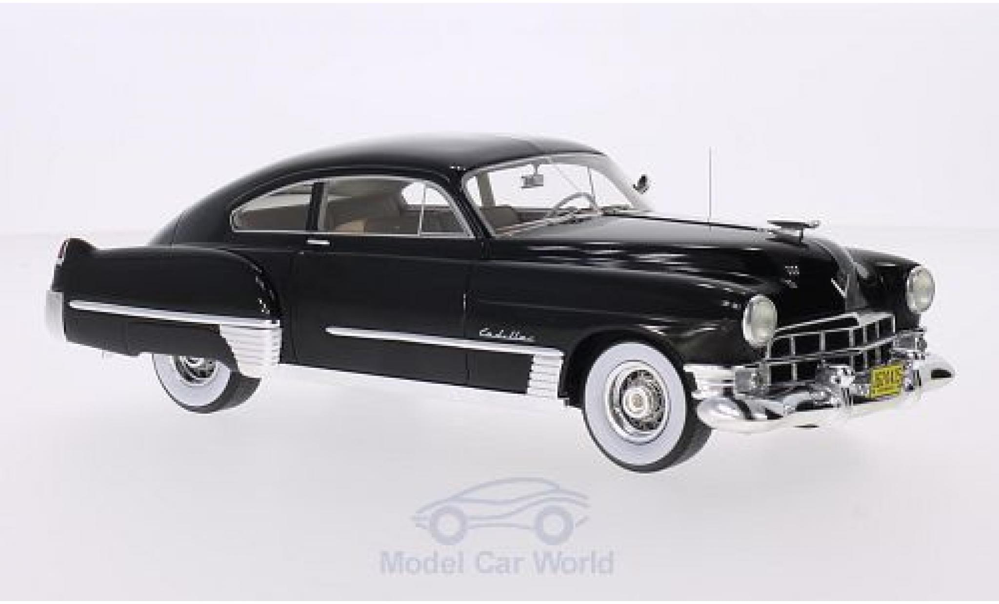 Cadillac Series 62 1/24 Neo Club Coupe Sedanette noire 1949