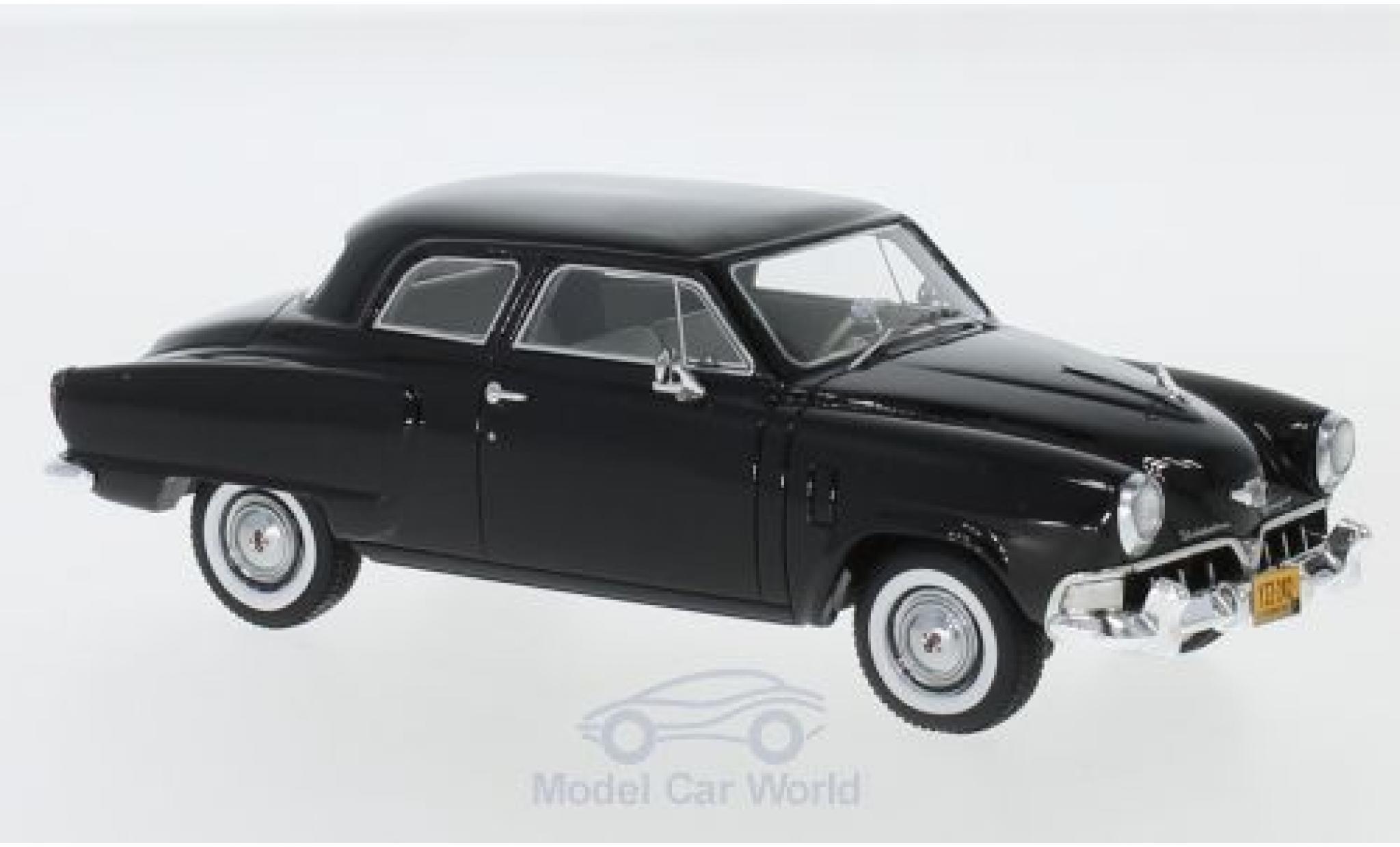 Studebaker Champion 1/43 Neo Custom 2-door Sedan noire 1952
