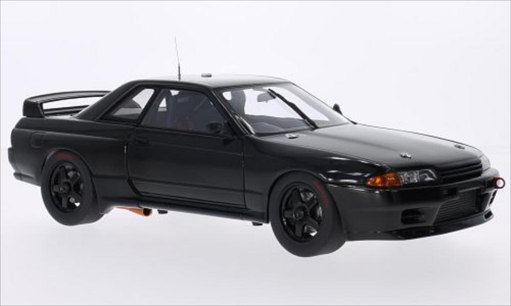 Nissan Skyline 1/18 Autoart GT-R (R32) noire RHD 1992 miniature