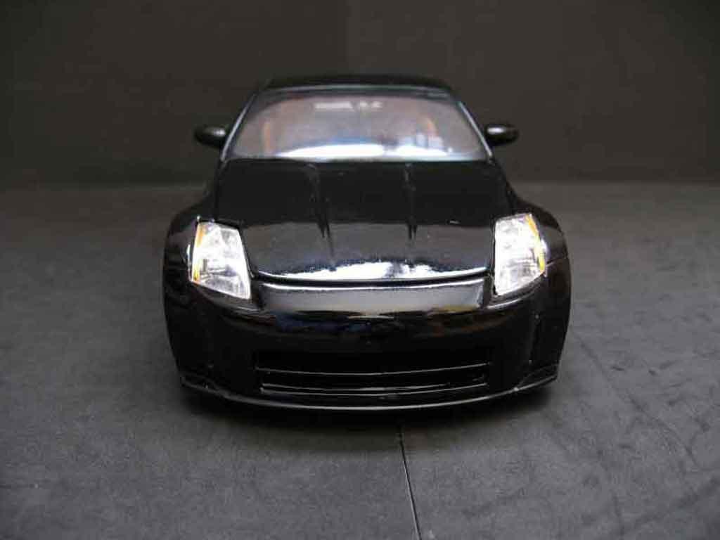 Nissan 350Z 1/18 Maisto coupe preparation tuning schwarz jantes schwarzs
