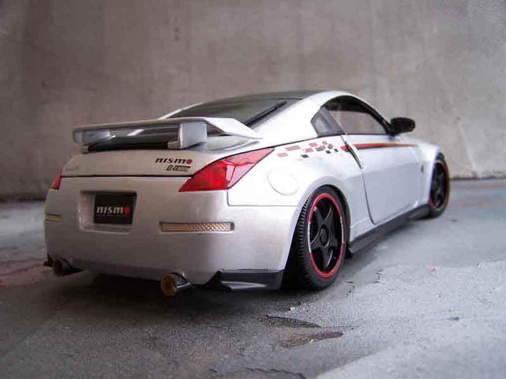 Nissan 350Z Nismo s-tune jantes oz tuning Autoart. Nissan 350Z Nismo s-tune jantes oz miniature modèle réduit 1/18