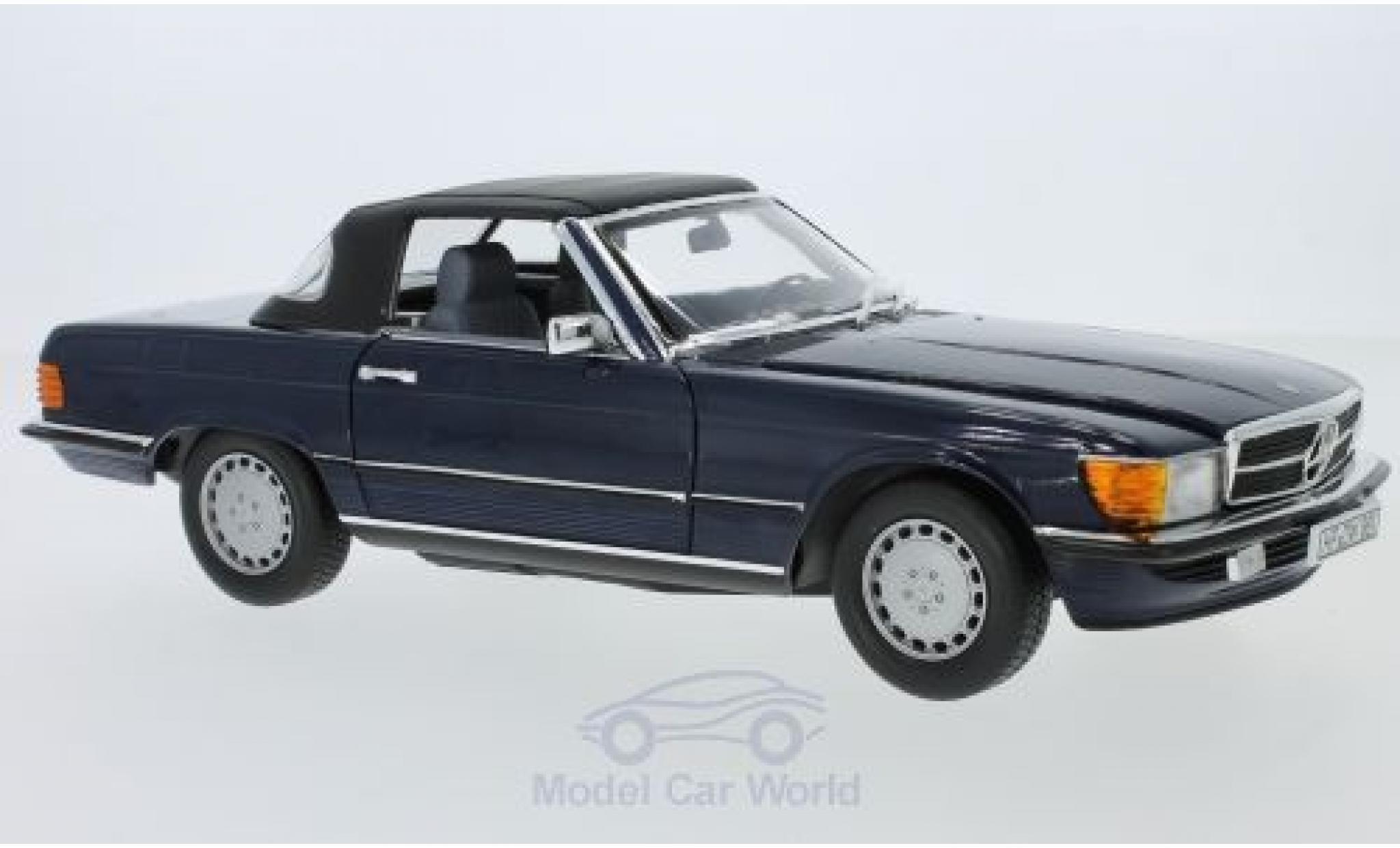 Mercedes 300 SL 1/18 Norev (R 107) metallise bleue 1986 Verdeck liegt ein