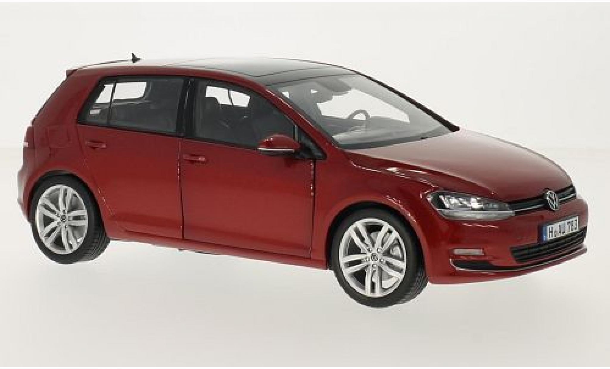 Volkswagen Golf 1/18 Norev VII metallise rouge 2014 sans Vitrine