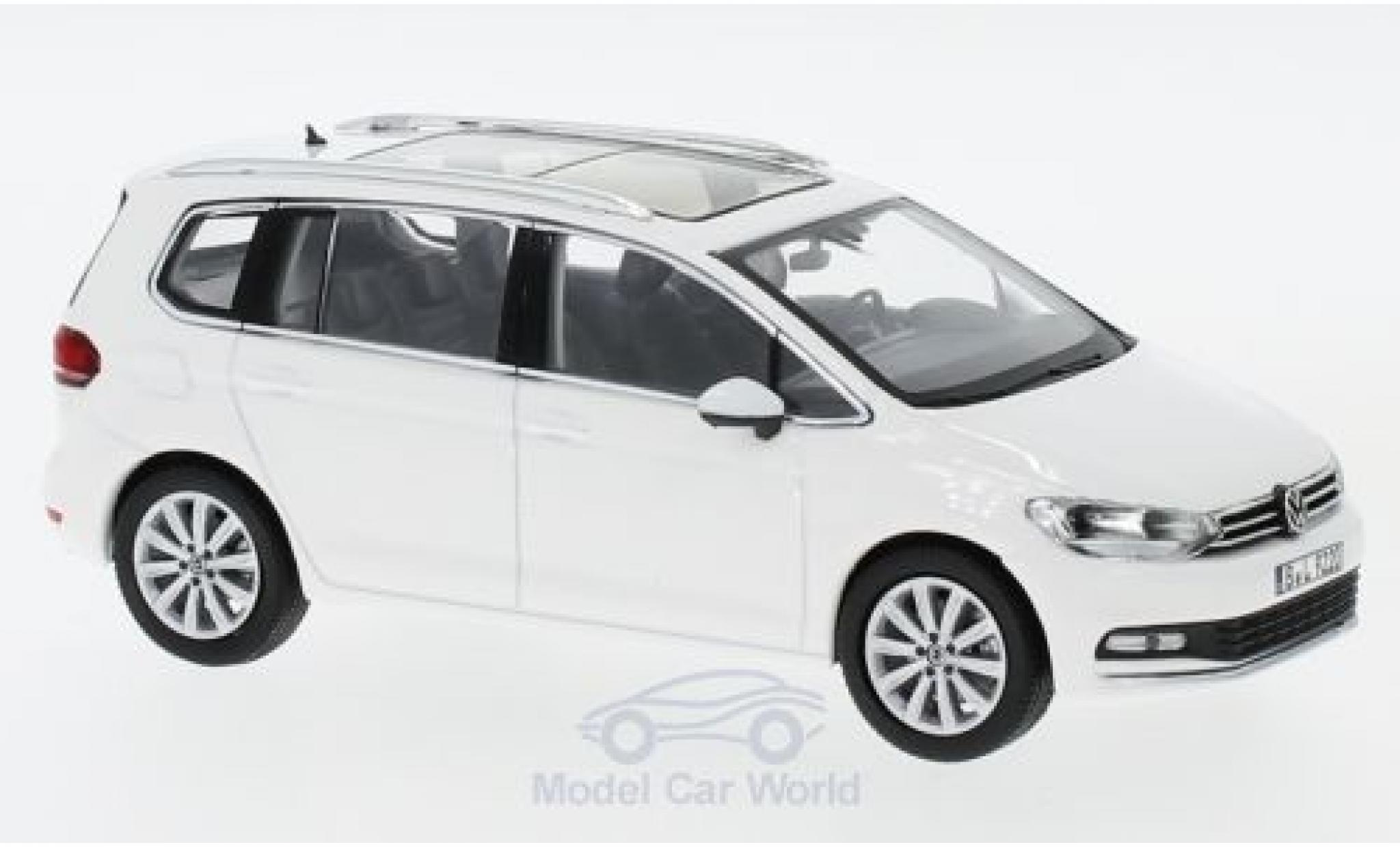 Volkswagen Touran 1/43 Norev white 2015