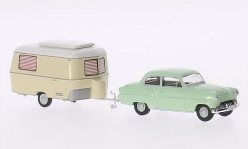 Miniature Opel Olympia verte Brekina. Opel Olympia verte miniature 1/87