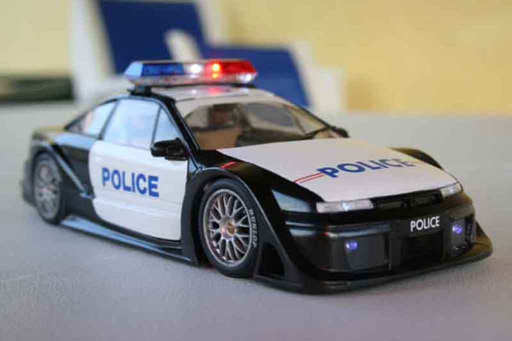 Opel Calibra turbo police nationale tuning Ut Models. Opel Calibra turbo police nationale Police miniature 1/18