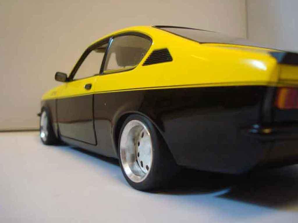 Opel Kadett coupe 1/18 Minichamps c / gte 1976