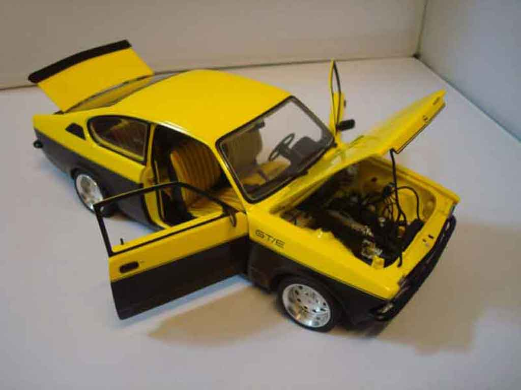 opel kadett coupe miniature c gte 1976 minichamps 1 18 voiture. Black Bedroom Furniture Sets. Home Design Ideas