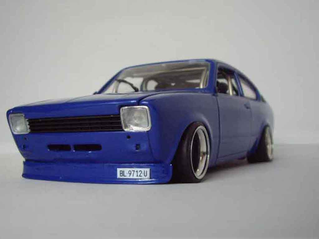 Opel Kadett coupe 1/18 Minichamps coupe sr 1976 bleue tuning miniature