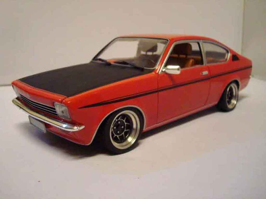 opel kadett coupe sr 1976 rot minichamps modellauto 1 18. Black Bedroom Furniture Sets. Home Design Ideas