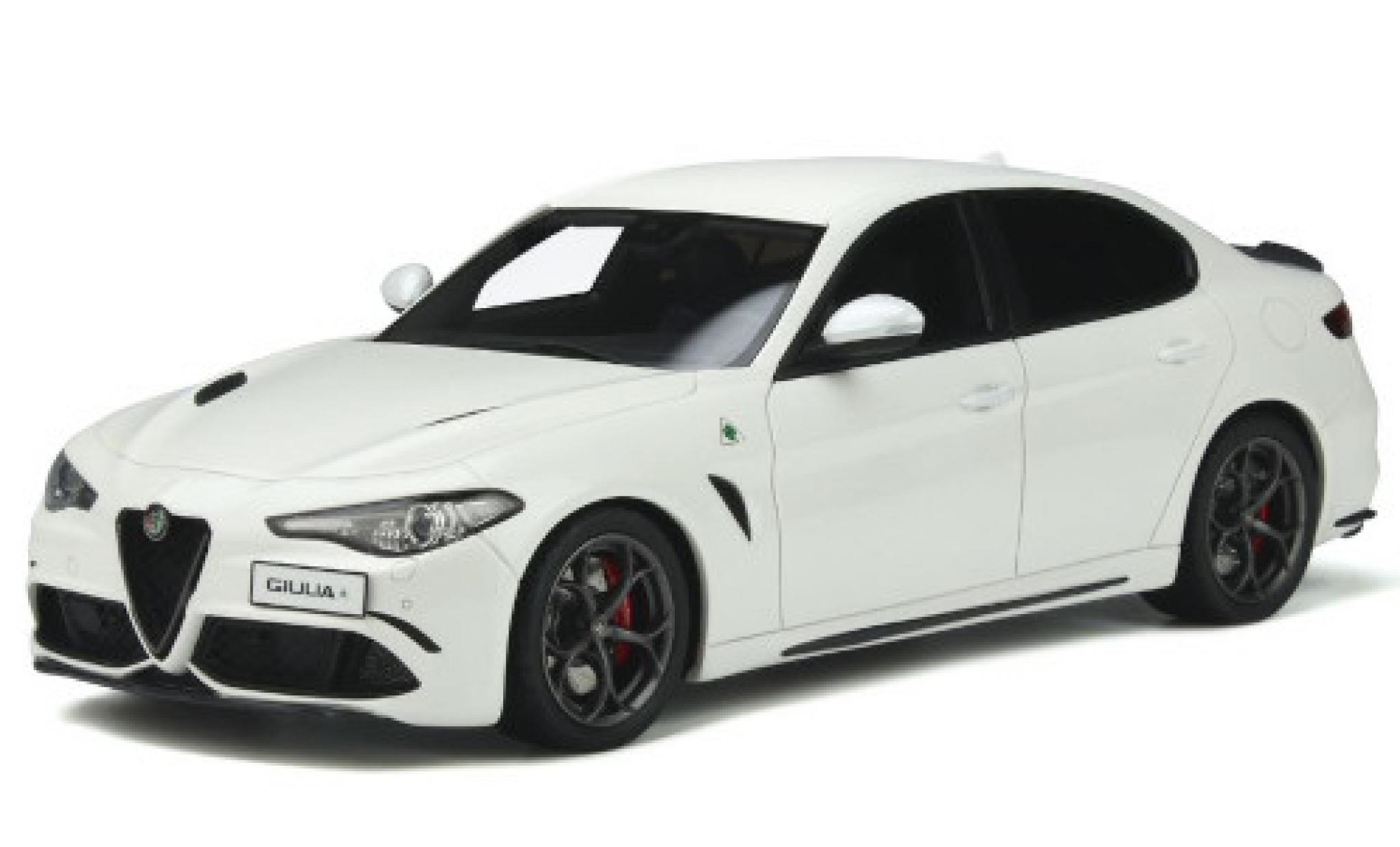 Alfa Romeo Giulia 1/18 Ottomobile Quadrifoglio blanche 2019