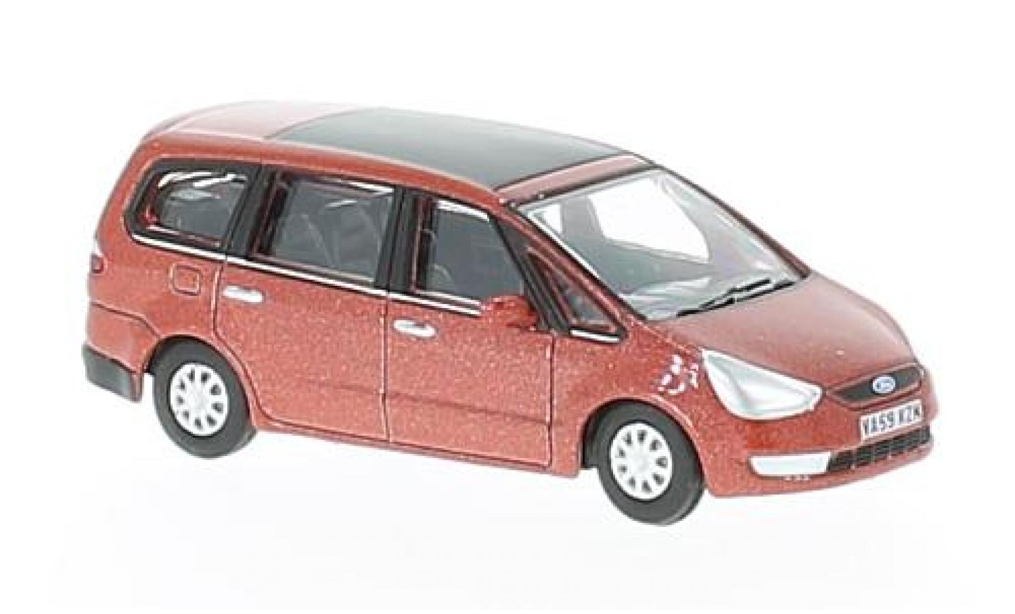 Ford Galaxy 1/76 Oxford metallise rouge