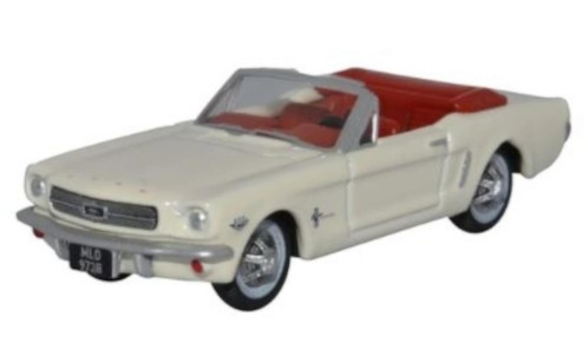 Ford Mustang 1/87 Oxford Convertible blanche 1965
