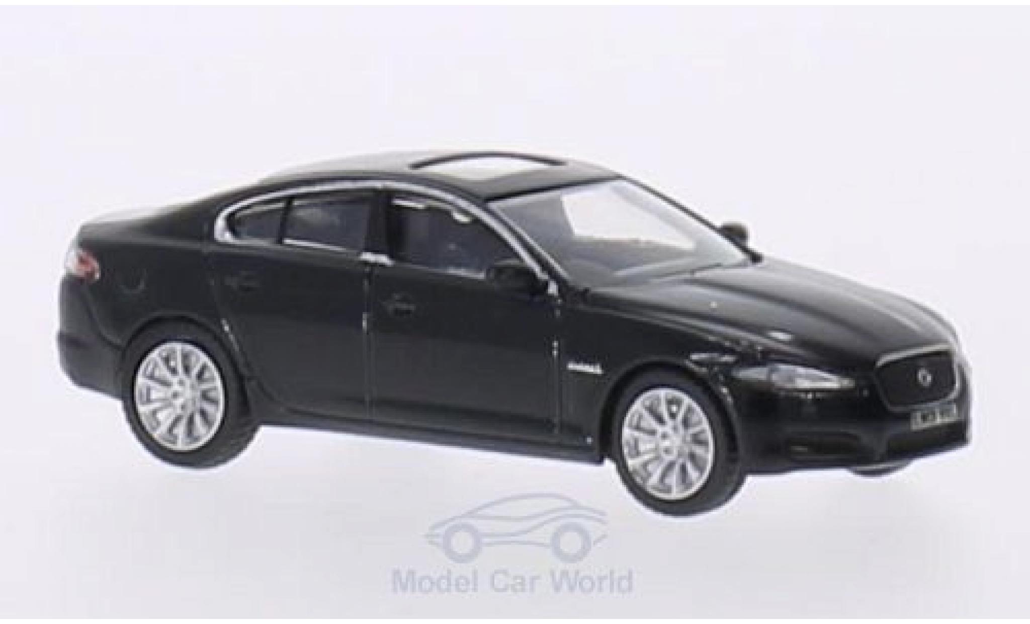 Jaguar XF 1/76 Oxford metallise noire RHD