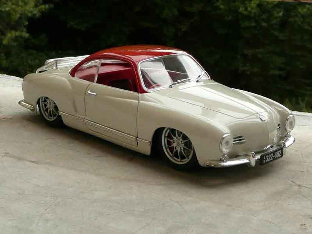 Volkswagen Karmann 1/18 Solido low light tuning miniature