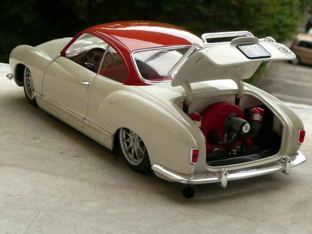Volkswagen Karmann 1/18 Solido low light