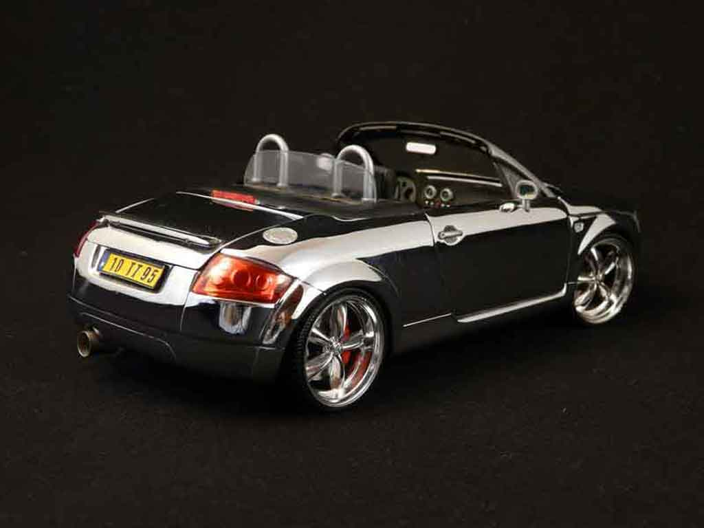 Audi TT Roadster 1/18 Maisto shinning full chrome tuning miniature