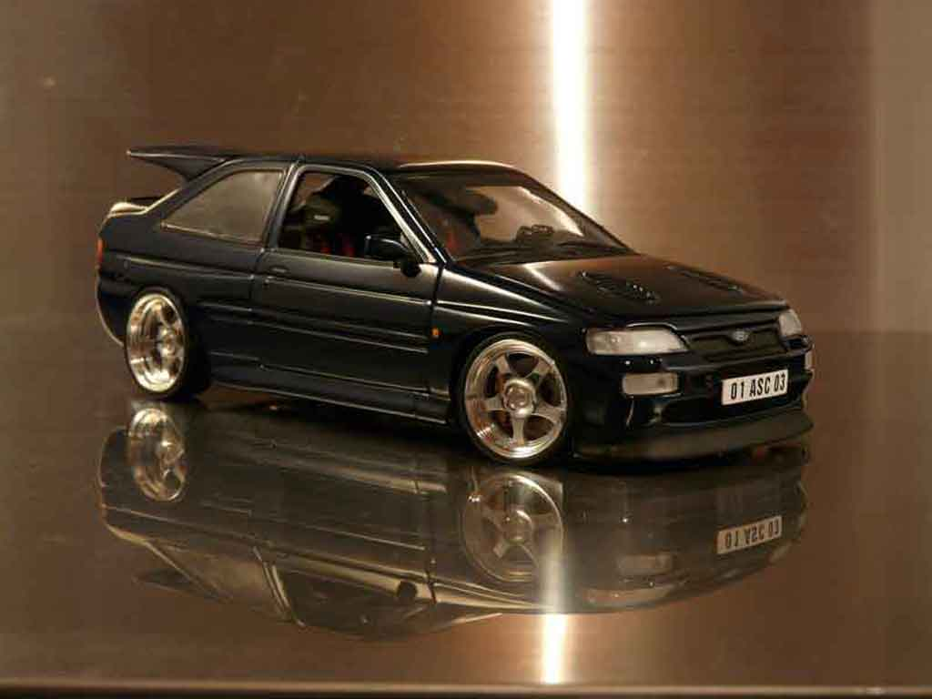 Ford Escort Cosworth 1/18 Ut Models rs tuning tuning diecast model cars