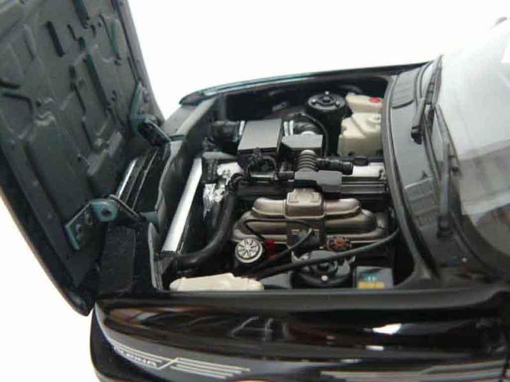Bmw M3 E30 1/18 Minichamps Alpina b6s