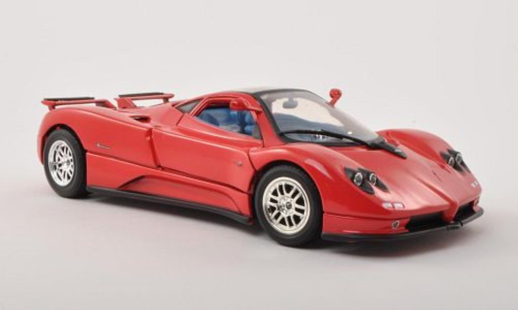 Pagani Zonda C12 1/18 Motormax rouge 2004 miniature