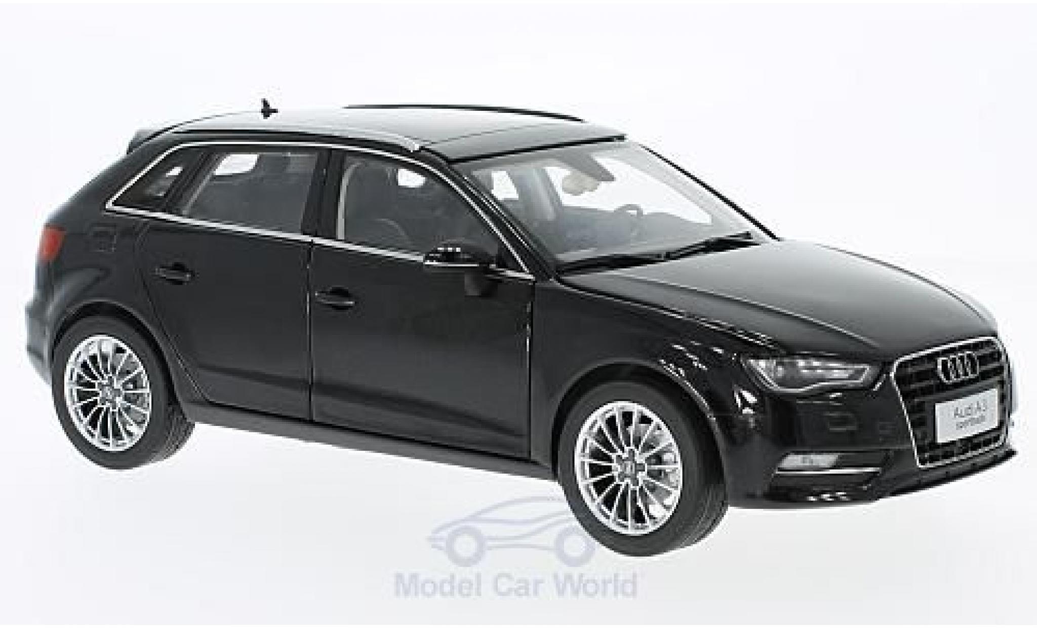 Audi A3 1/18 Paudi Hatchback noire