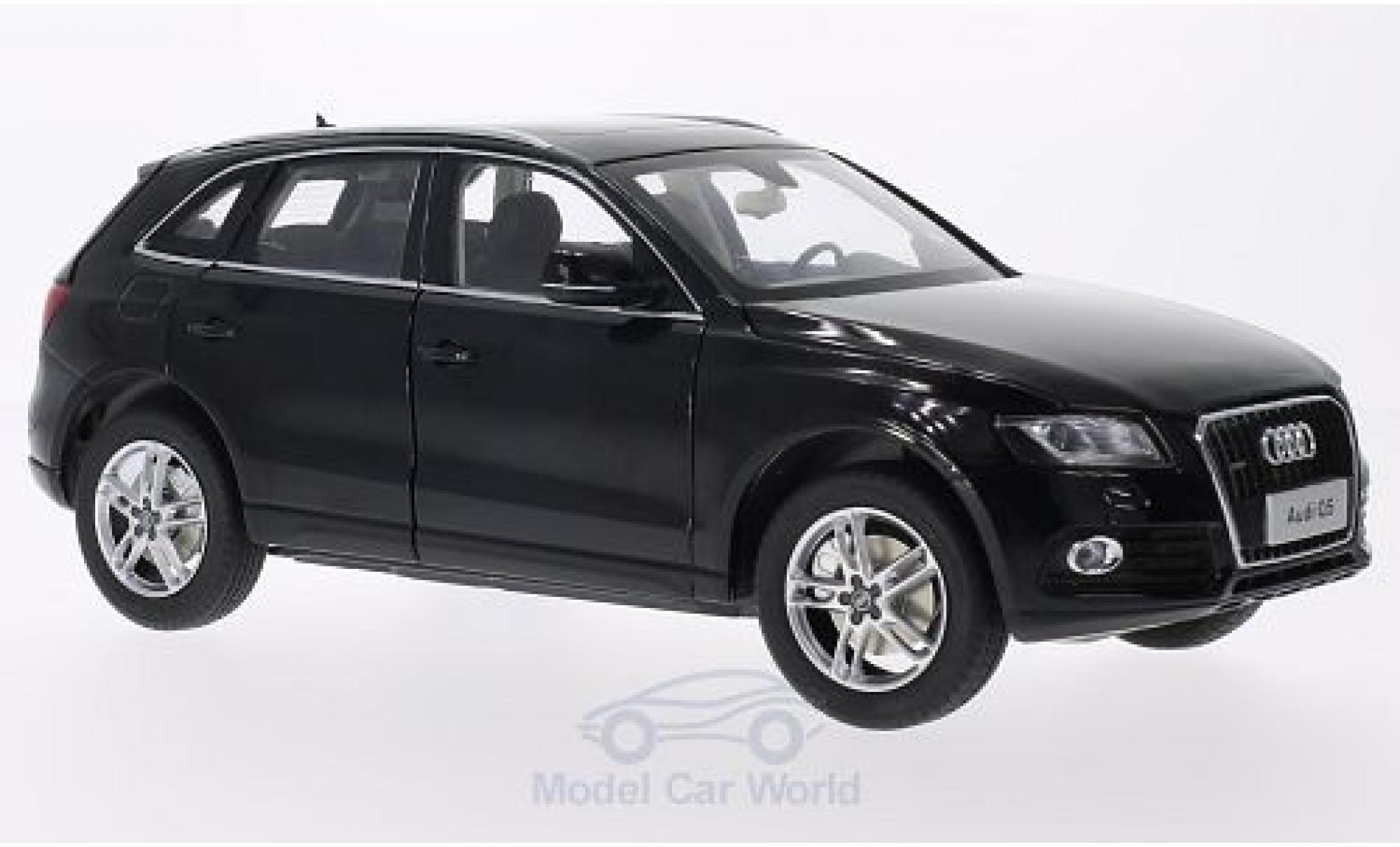 Audi Q5 1/18 Paudi black 2014