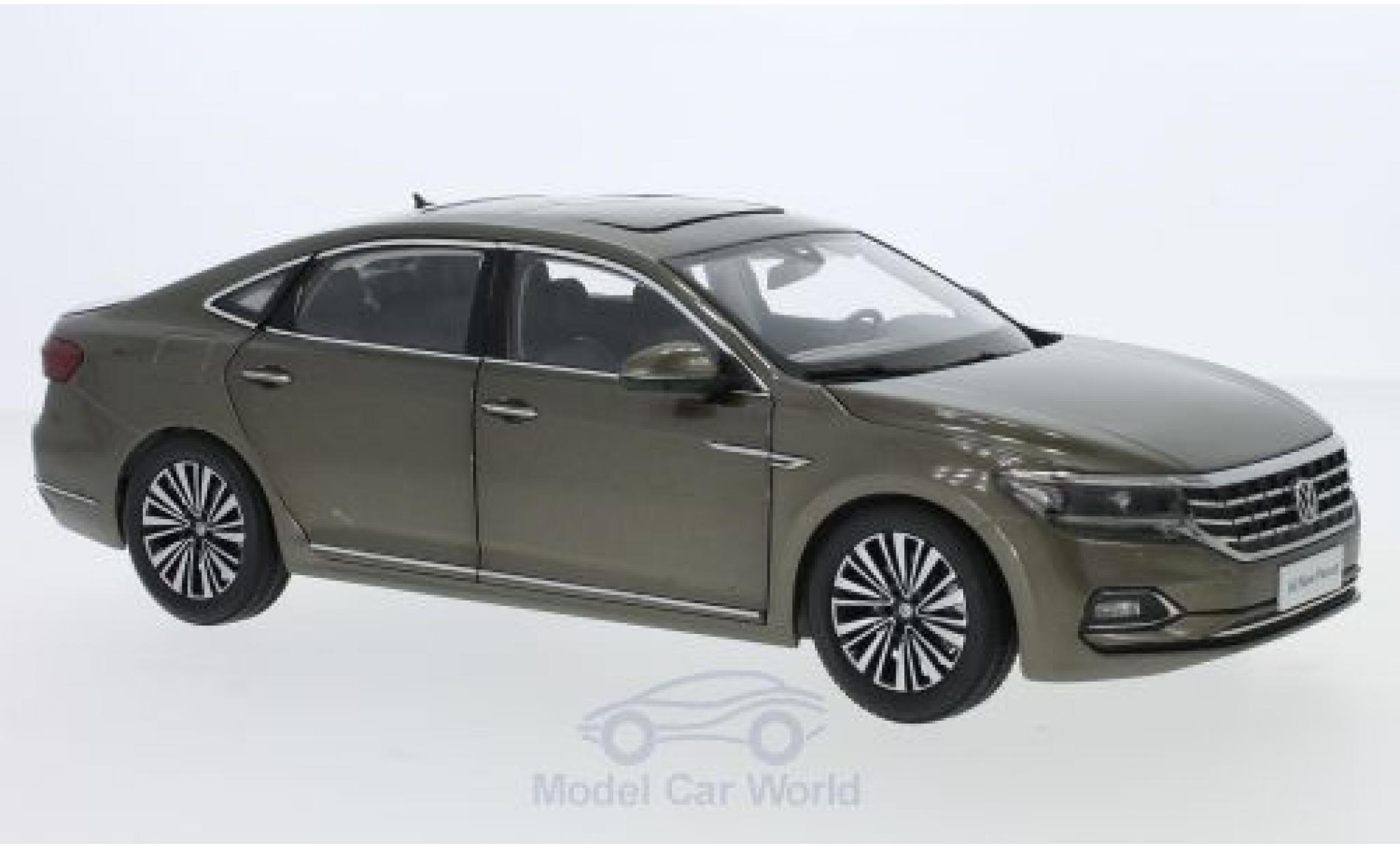 Volkswagen Passat 1/18 Paudi métallisé grise 2019