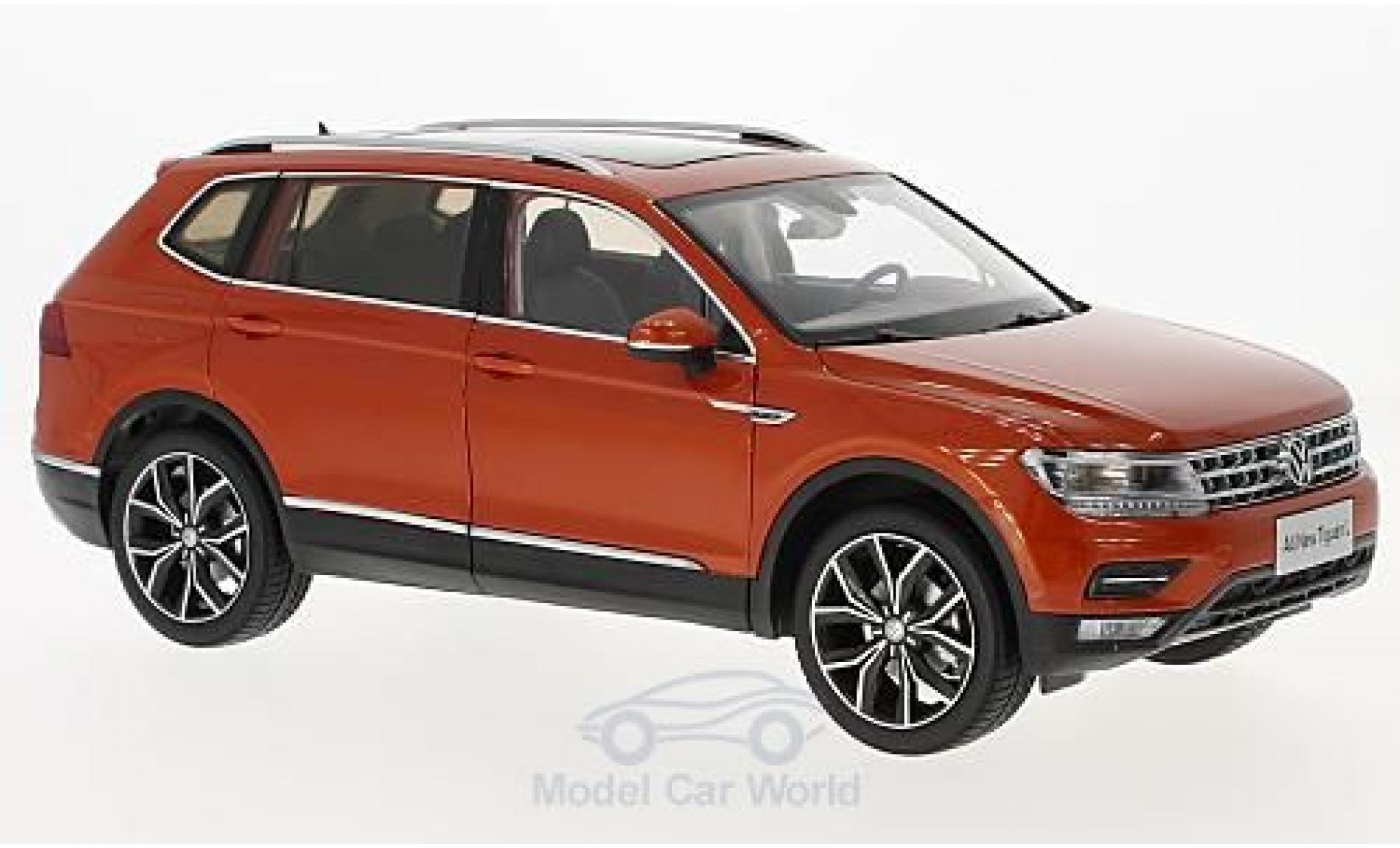 Volkswagen Tiguan 1/18 Paudi L métallisé orange 2017