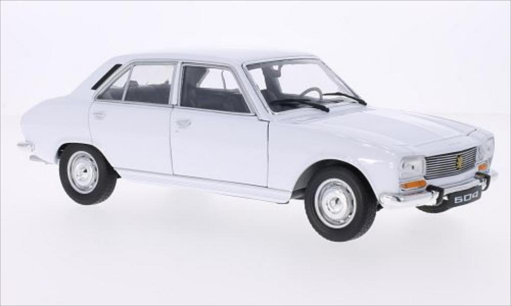 Miniature Peugeot 504 Berline blanche 1975 Welly. Peugeot 504 Berline blanche 1975 miniature 1/18