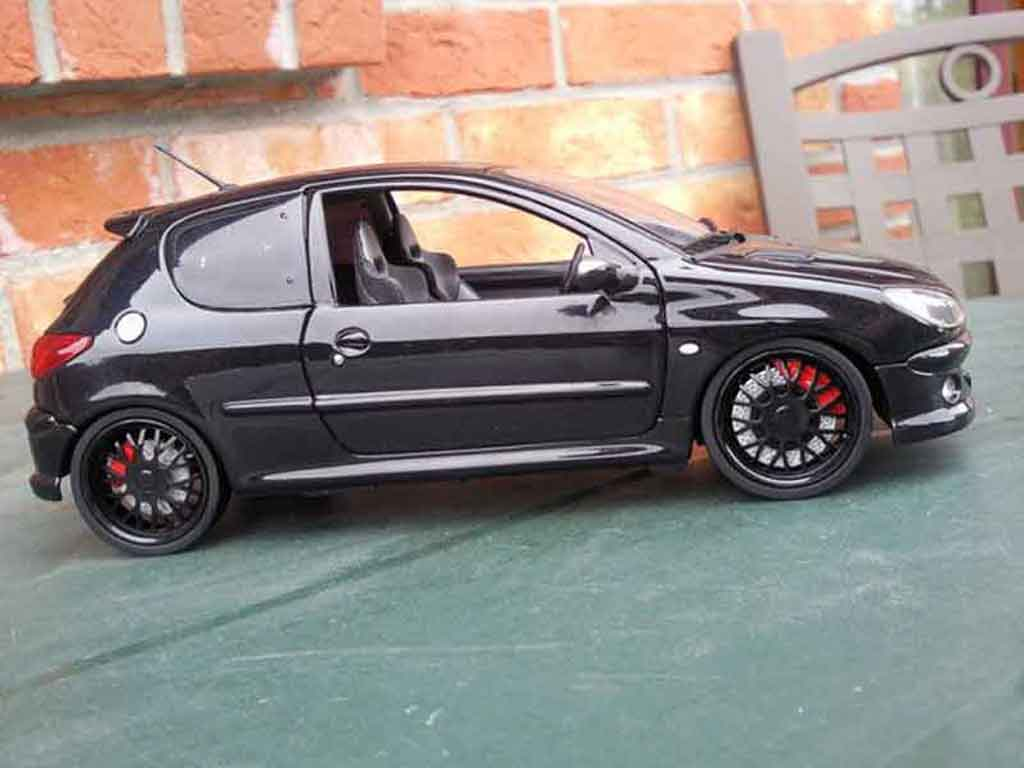 Peugeot 206 RC 1/18 Norev jantes blacks et vitres teintees tuning diecast model cars