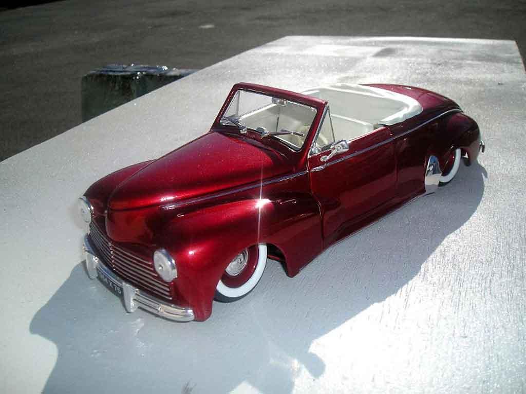 Peugeot 203 cabriolet 1/18 Solido 1954 old shcool