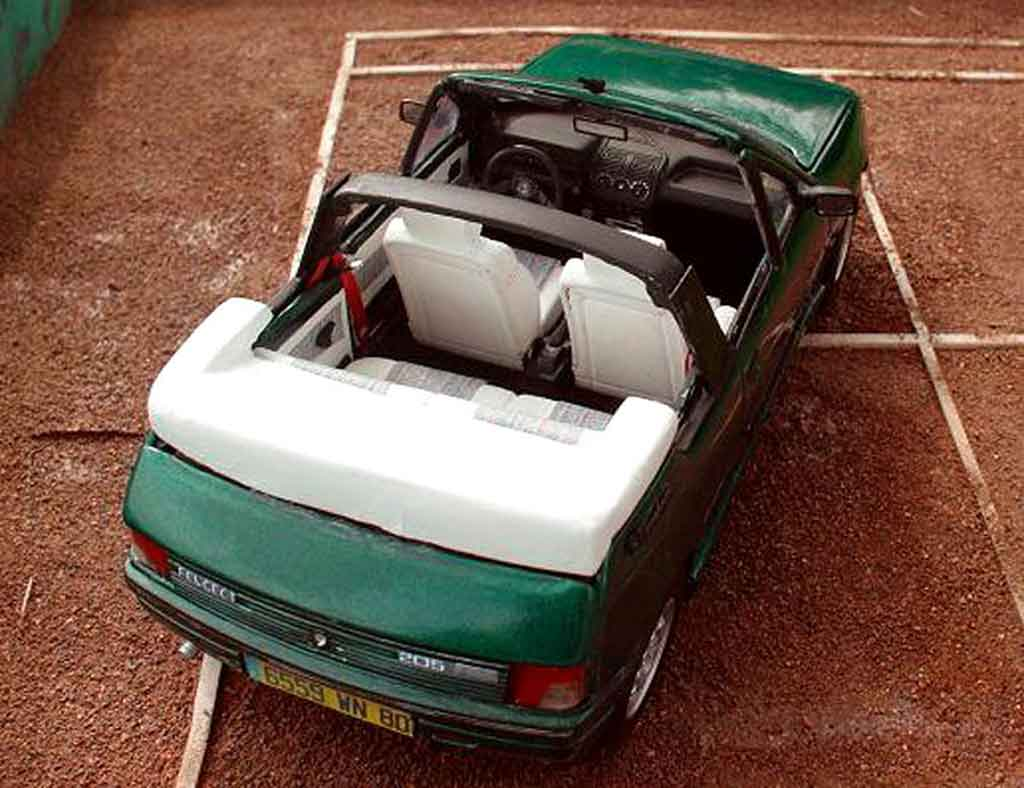 peugeot 205 cti roland garros cabriolet solido coches. Black Bedroom Furniture Sets. Home Design Ideas