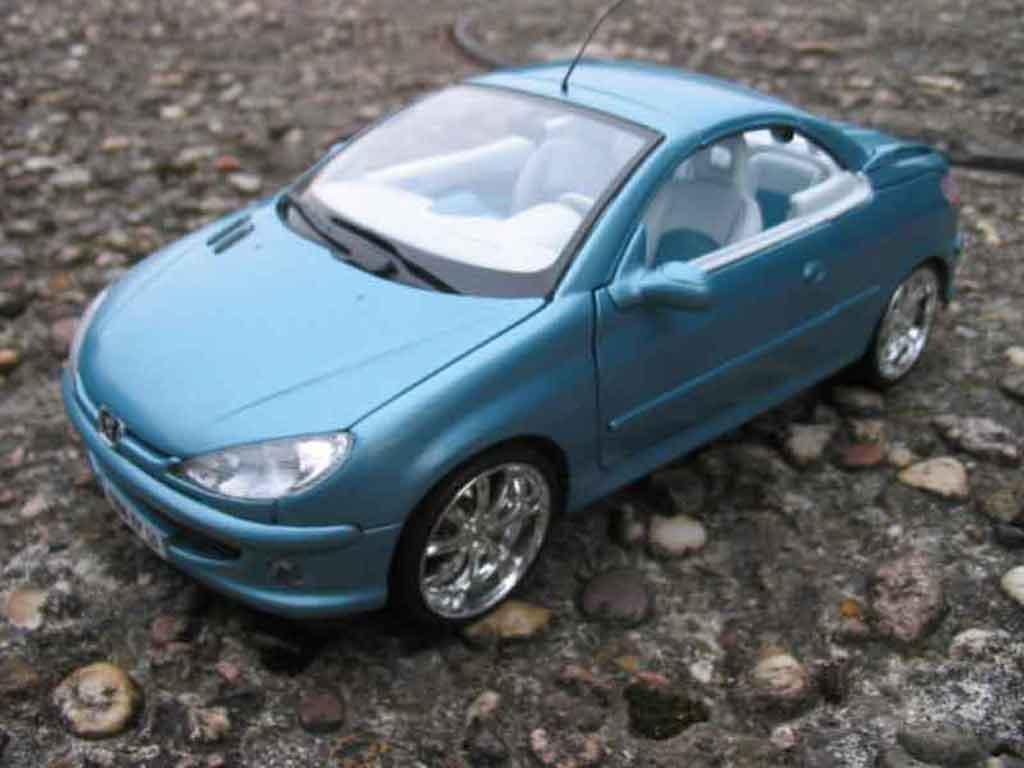 peugeot 206 cc blu ruote cromo solido modellini auto 1 18 comprare sendere modellino auto. Black Bedroom Furniture Sets. Home Design Ideas