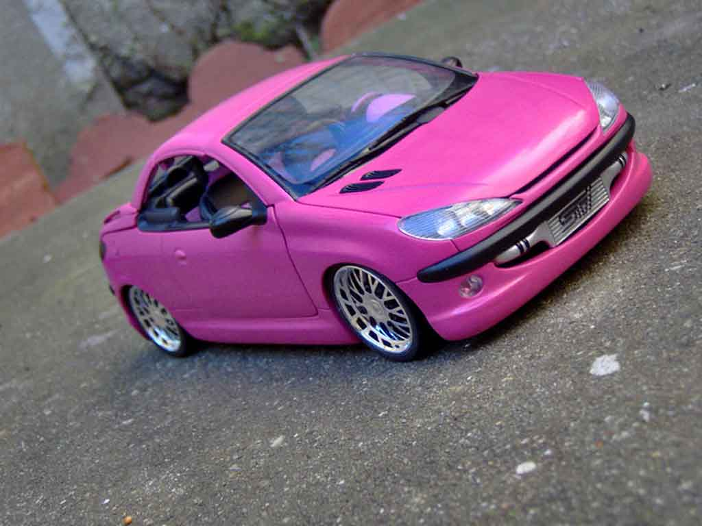 Peugeot 206 CC 1/18 Gate rose satine jantes bbs tuning miniature